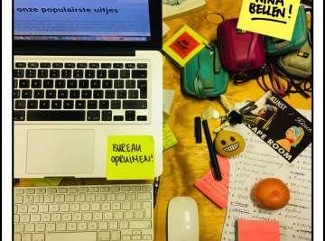 Nationale ruim je bureau op dag